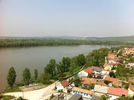 Sweet Travel Private Tours: Danube from Esztergom