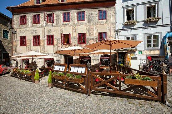 Jakub Restaurant: garden terrace