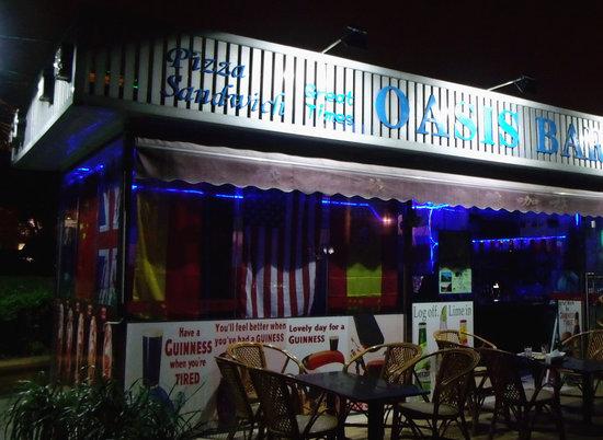 Oasis Bar: getlstd_property_photo