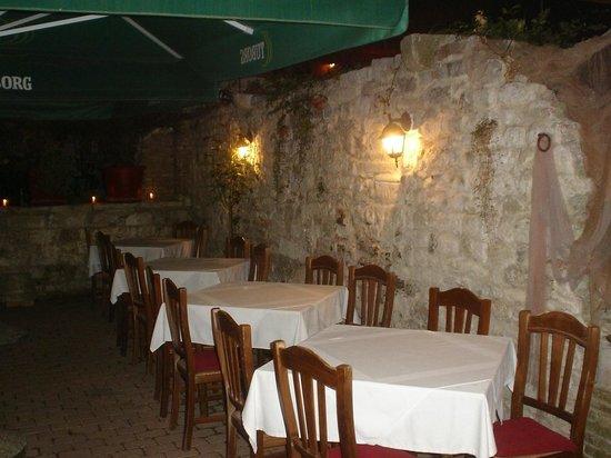 Restaurant Martinac: terasa