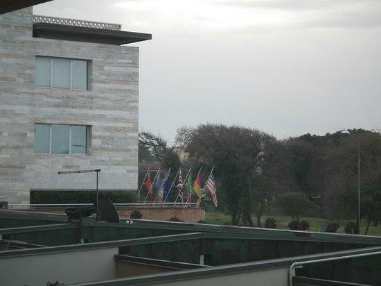 Grand Hotel Continental: Verso Est