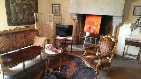 Manoir de la Hazaie: Partie salon de la chambre