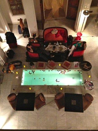 Dar Asam: The lobby area