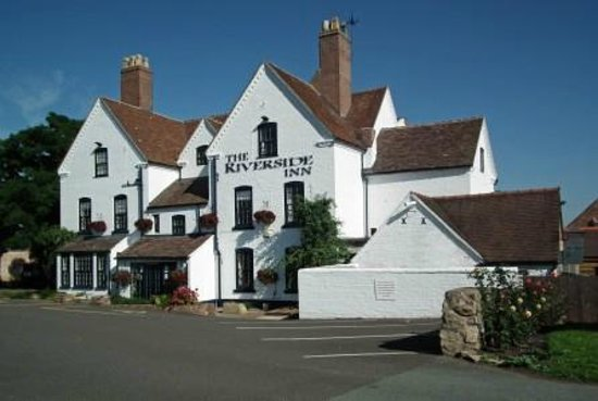 The Riverside Inn: View from the road