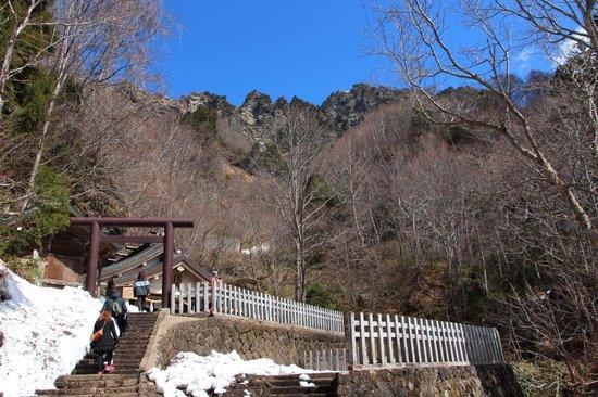 Togakushi Shrine Okusha: 5月の連休 戸隠神社の奥社