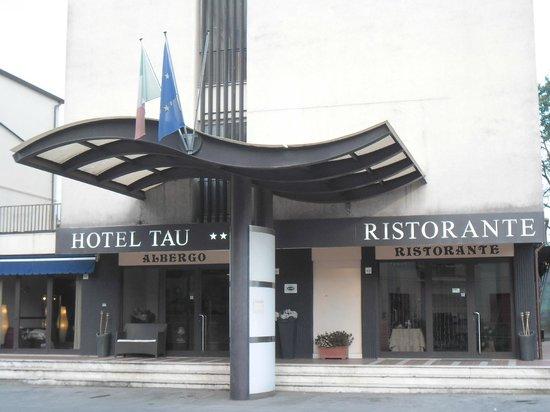 Hotel Cavalieri del Tau: Ingresso Hotel