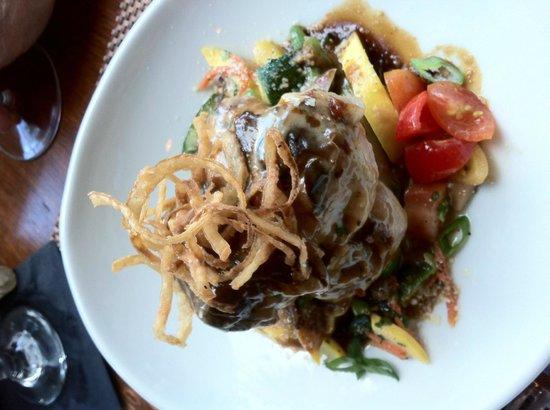 Ocean 60 Restaurant & Wine Bar: tuscan pork chops