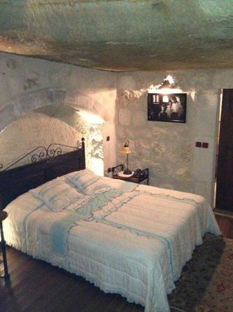 Terra Cave Hotel: room 503