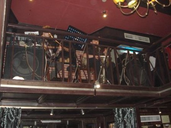 Hantang House: Live music
