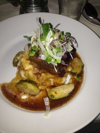 Coles 735 Main : Smoked Beef Belly Garlic whipped potatoes, lemon shallot brussels sprouts, shaved