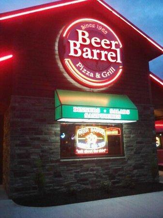 Beer Barrel Pizza & Grill