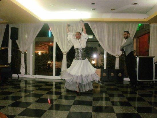 Hotel Tropico Playa: Dancers ballet