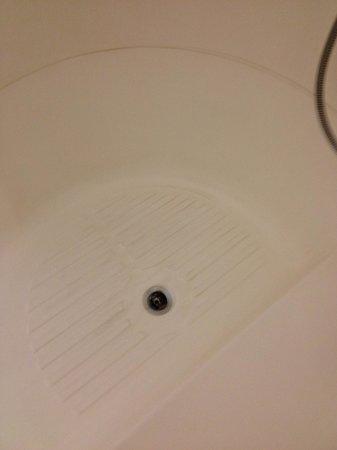 Novum Select Hotel Hamburg Nord: Abfluss Dusche - Badewanne