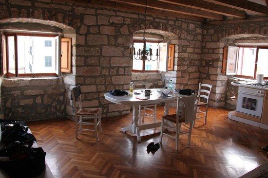 Pavisa Apartments: Our apartment Baldo