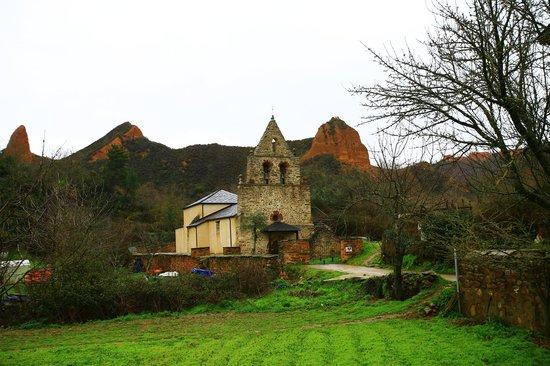 Las Médulas: 淘金總量達300萬公斤的古羅馬礦場遺址2013.3.26