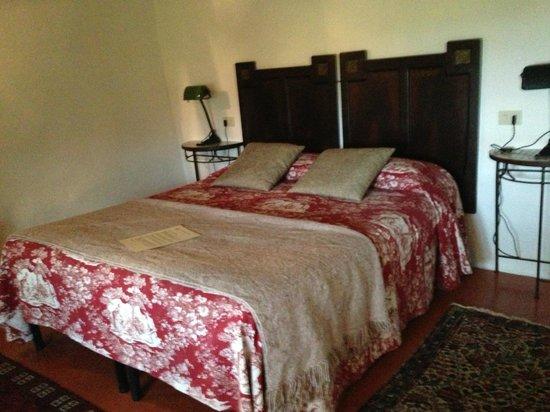 Alla Madonna del Piatto: This room also has a single bed:  perfect for families.