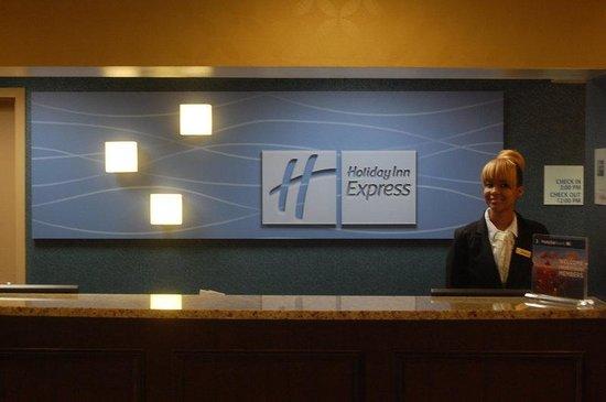 Holiday Inn Express Hunt Valley: Reception