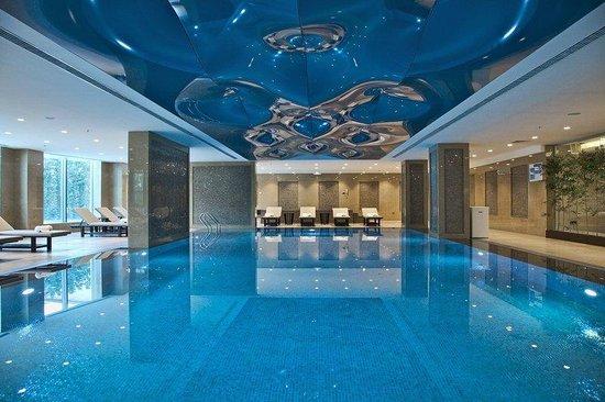 Retaj Royale Istanbul: Indoor Swimming Pool