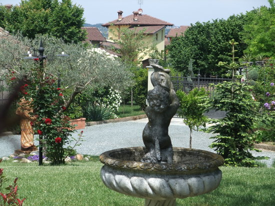 Al Vecchio Gelso : fontana