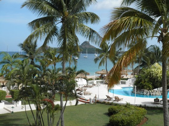 Royal St Lucia Resort and Spa: Wow, morning coffee on the private balcony