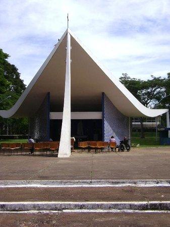 Igrejinha N.S. De Fatima church: Visão Frontal da Igrejinha