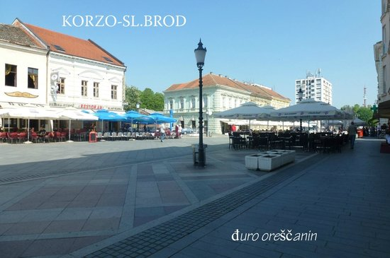Slavonski Brod Cemetery: sl.brod-korzo