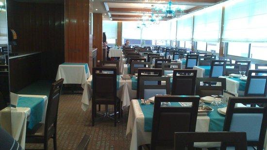 Helgon Hotel: salle a manger bien tenu