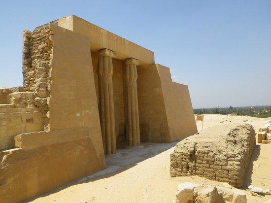 Abu Sir Pyramids: temple entrance