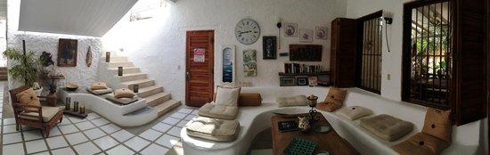 Posada Mediterraneo : LIVING