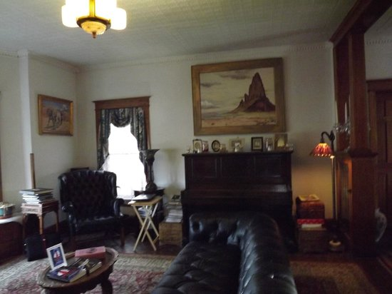 The Parlor Car Bed & Breakfast: Part of the living room.