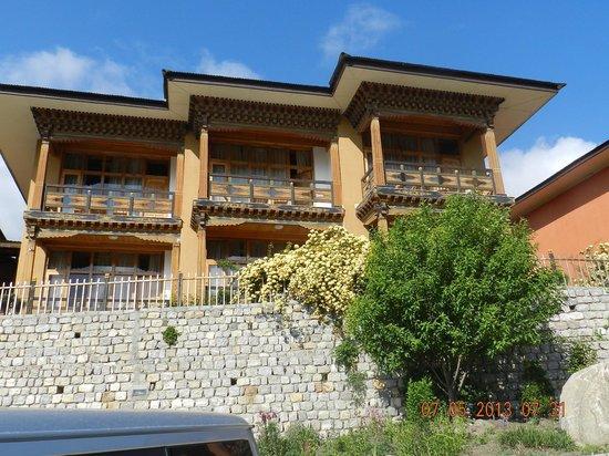 Tenzinling Resort: hotel view