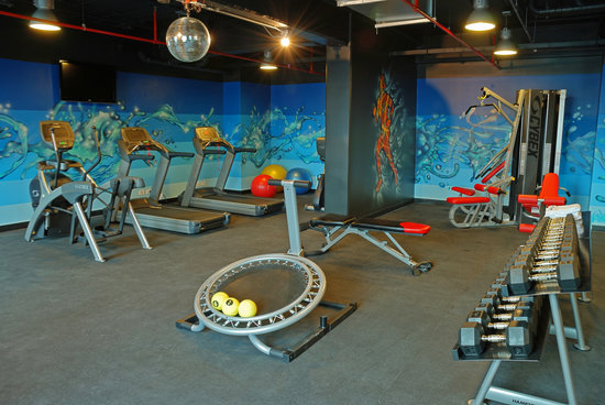 Park Inn by Radisson San Jose: Gym