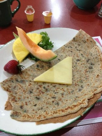 Cora's Breakfast & Lunch: crêpe épinard cheddar