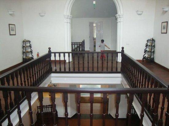 Neemrana's Tower House : Hotel lobby
