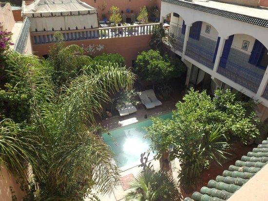 Ryad Les Cigognes : Vue du toit