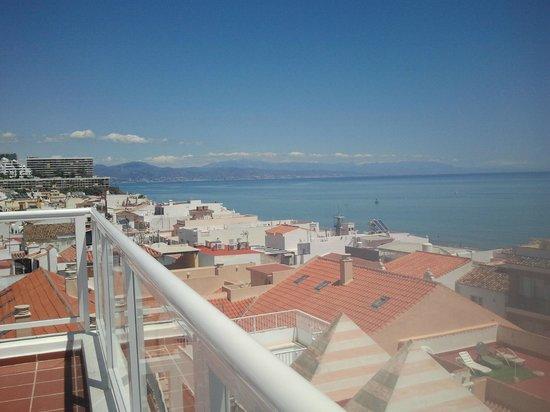 Hotel Roc Lago Rojo: view from roof bar/solarium