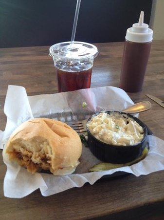 Hickory's Smokehouse BBQ: pulled pork and potato salad