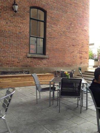 Novotel Ottawa: VUE SUR terrasse