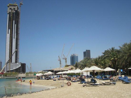Sheraton Abu Dhabi Hotel & Resort: Beach