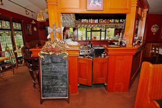 The Shelburne Restaurant & Pub: Shelburne Pub