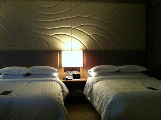 Sheraton Seoul D Cube City Hotel: Habitación