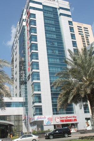 Dubai Marina - Ary Marina View: Marina View Hotel