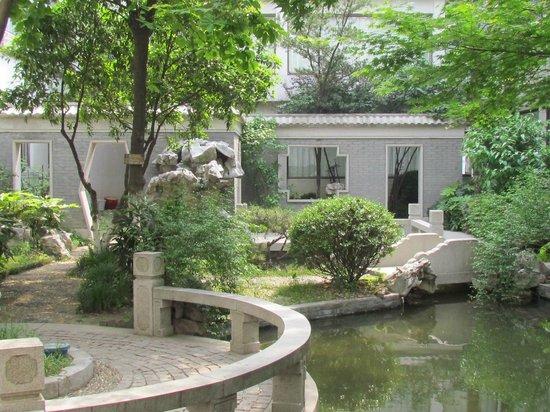 Garden Hotel (Liuyuan Road) - Lingering Garden : le jardin