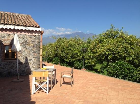Agriturismo Galea: terrasse avec vue sur l'Etna (chambre 33)