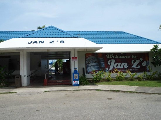 Jan Z's By The Sea: 正面入口