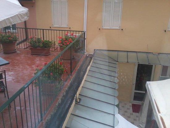 Hotel Internazionale: vista sul cortile interno cam.105