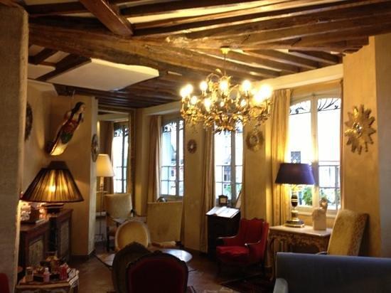 Hotel Louis 2: salon et salle petit déjeuner