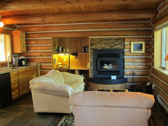 Triple Creek Ranch: Our cabin