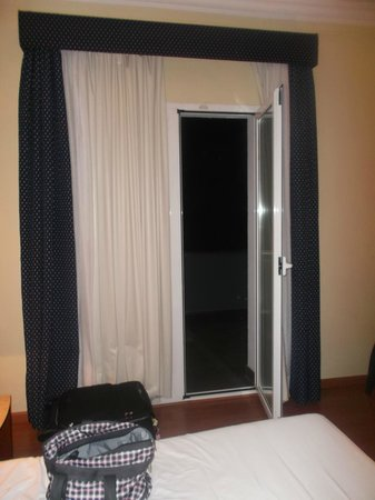 Astari Hotel: one of the guest rooms