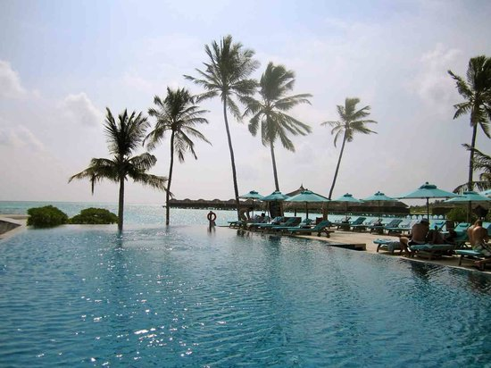 Anantara Dhigu MaldivesResort: pool